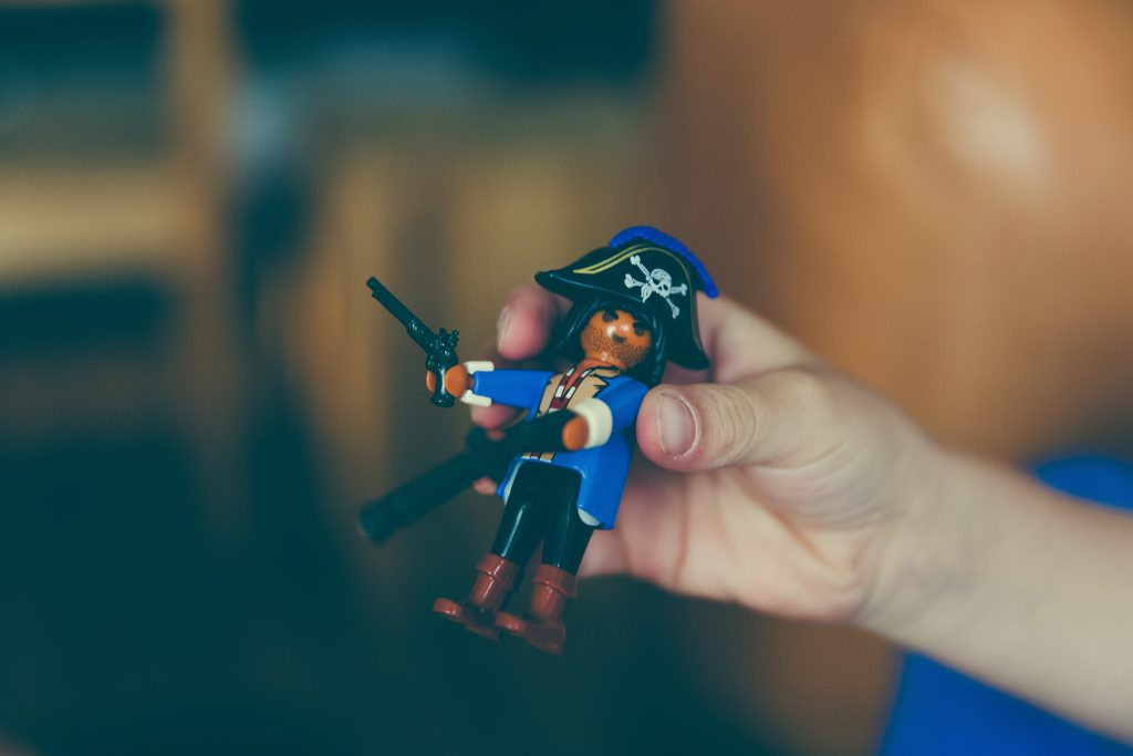 Ommm, ommm, it's a pirate's life for me