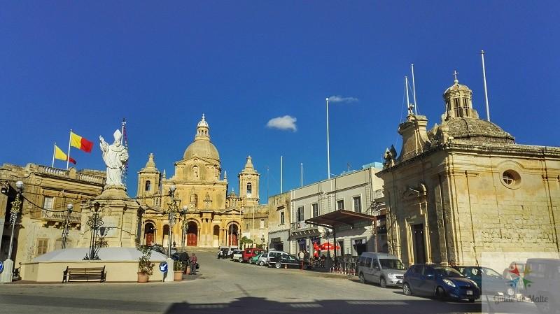 siggiewi place du village centre malte