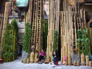 Rue des tissus a Hanoi