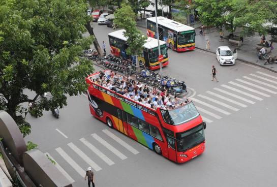 bus toit ouvert