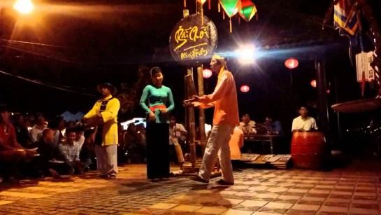 ville de hoi an chant jeu bai choi.jpg