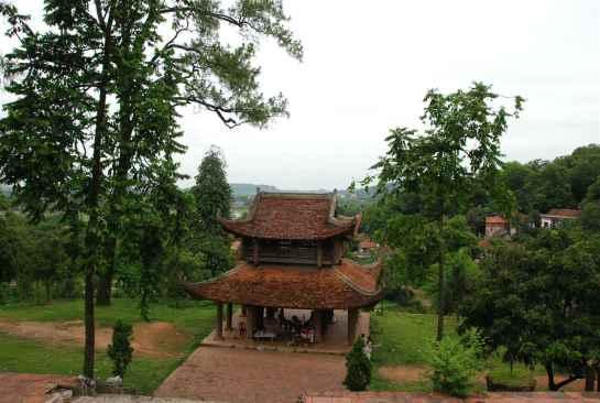 visiter hanoi pagode tram gian.jpg