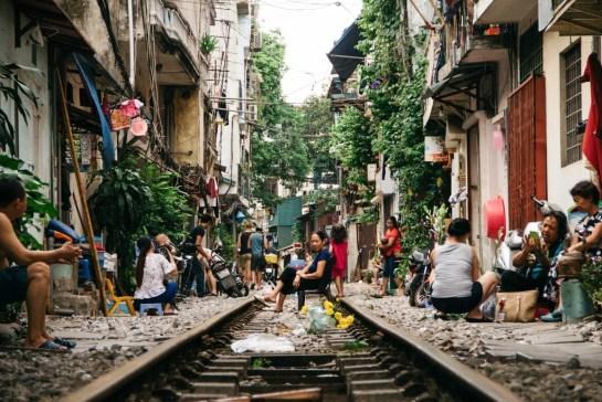 voyage hanoi rue de train.jpg