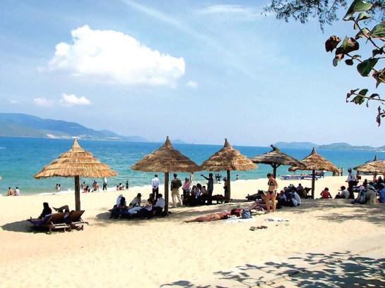 plage à la baie d'halong 4