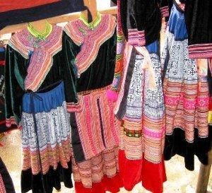 Le tissage chez les Hmong