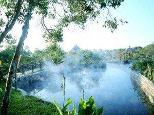 La source thermale de Binh Chau