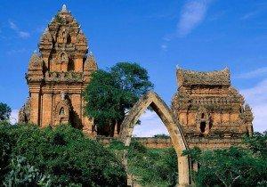 Les tours Po Klong Garai
