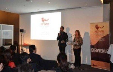 Conférence de presse tenue le 8 avril à Paris pour annoncer le festival du film vietnamien en France,