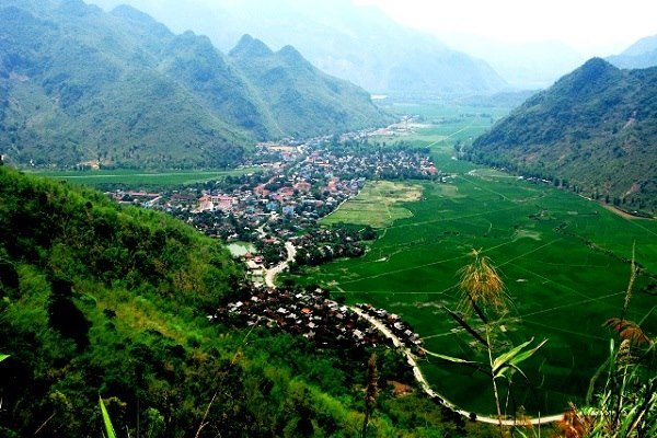 Voyage Mai Chau à Hoa Binh