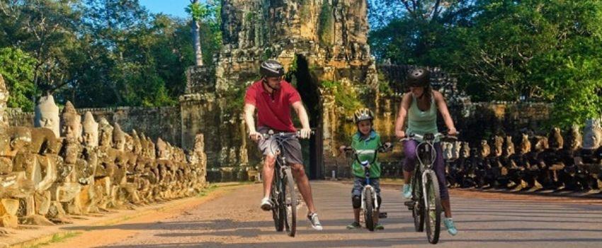 Avantages de voyager au Cambodge avec un guide francophone