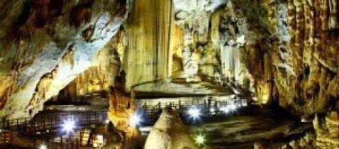 Grotte Thien Duong à Quang Binh
