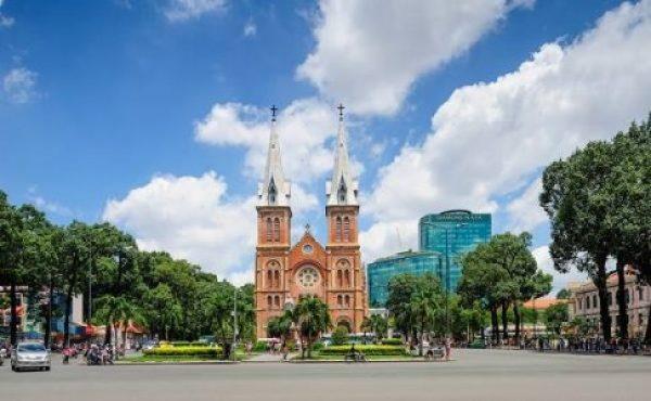 Cathédrale Notre-Dame à Saigon