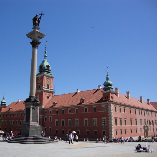 The column of king Sigismund is was erected in 1644. It is a great meeting point in Warsaw.