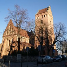 In Warsaw you will find many churches of great historical and artistic value – take the Pilgrim's Warsaw tour.