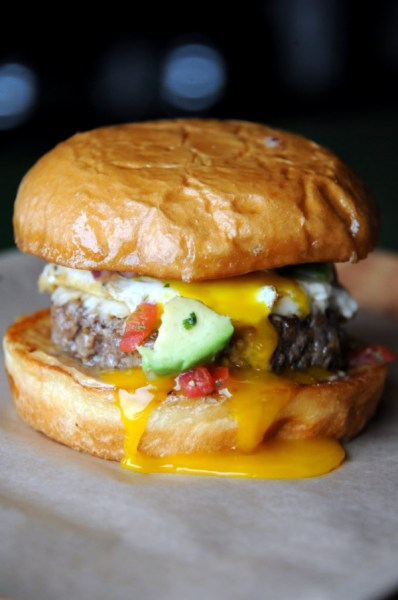 Photos Mouthwatering Burgers And More At Dallas Rodeo