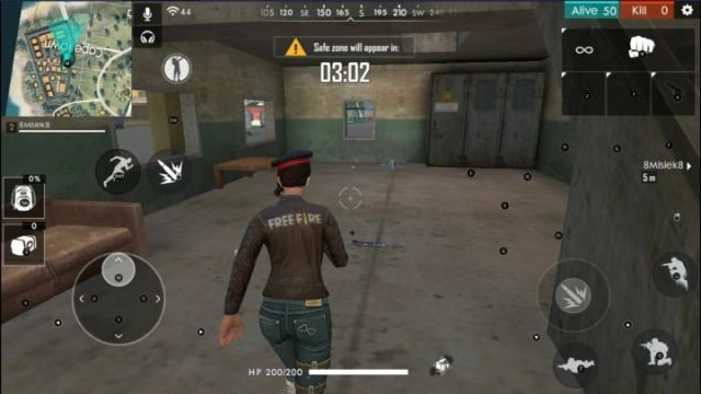 During the first minutes of gameplay, you have to focus on getting equipment. - Garena Free Fire Guide