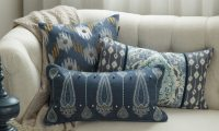 5 Tips on How to Wash Your Throw Pillows - Overstock.com
