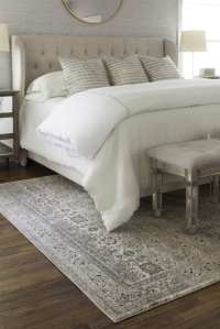 5 Ways to Choose the Perfect Bedroom Rug - Overstock.com
