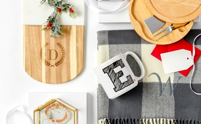 11 Personalized Christmas Gifts For Friends Family