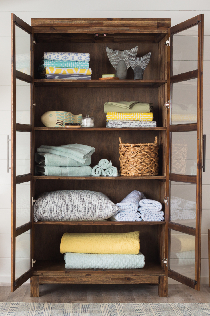 9 Steps To A Perfectly Organized Linen Closet Overstock Com