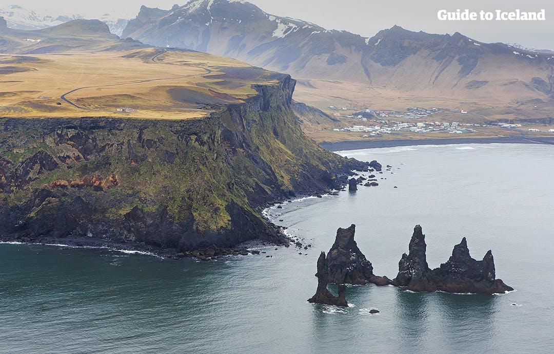 冰島聚焦 南部維克鎮Vik + Reynisfjara 黑沙灘   Guide to Iceland