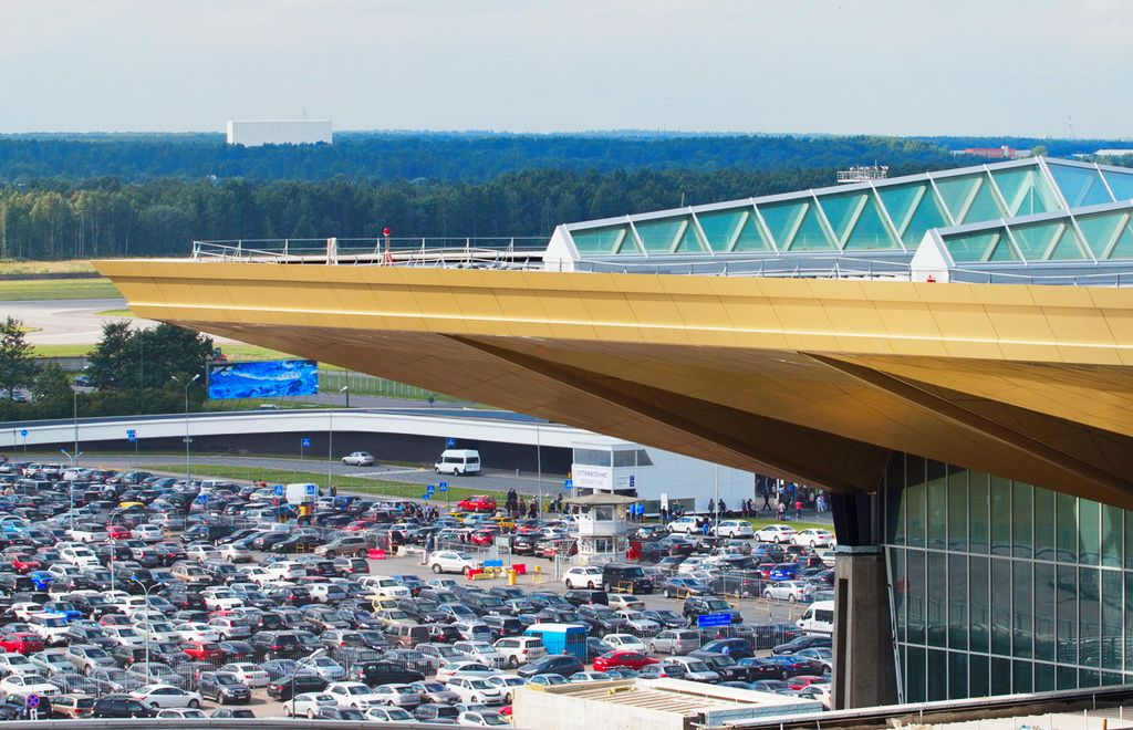 Pulkovo parking