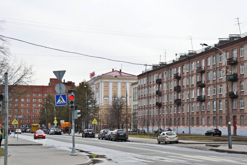 Erarta`s building is yellow