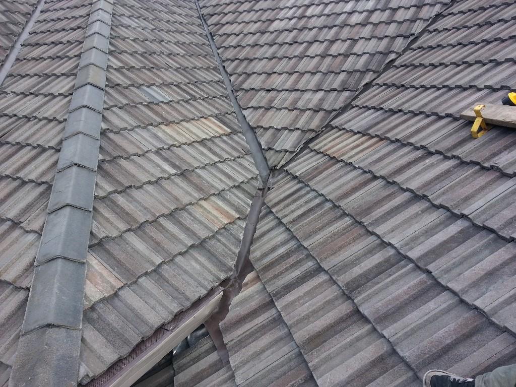 average lifespan of the concrete tile
