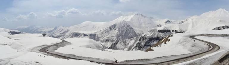 Skiing in the Caucasus