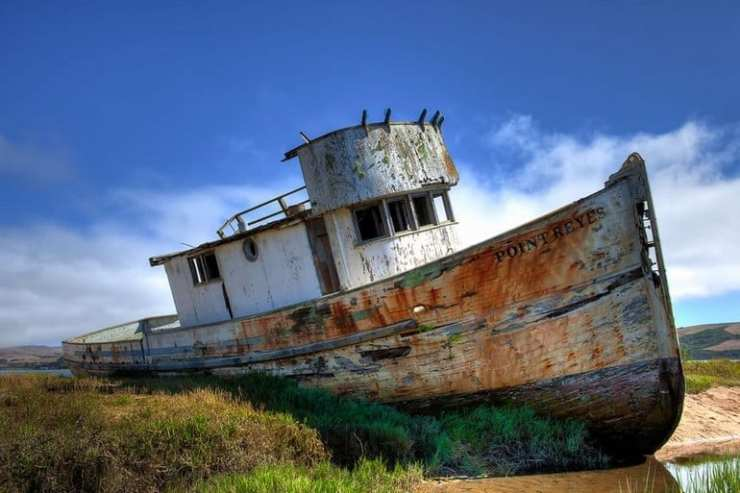 24 World's Most Fascinating Shipwrecks