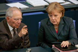 Merkel Schauble e la crisi economica greca