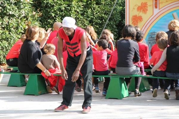 Tournage du film sur la vie du Clown Chocolat devant le castelet du Guignol Guerin au PArc Bordelais