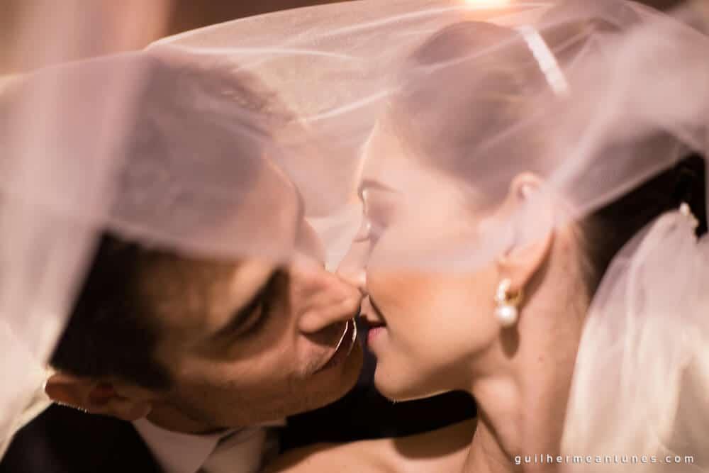 Fernanda e Charles: Fotografia de casamento em Lages (O beijo e o véu)
