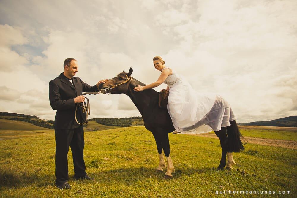 Trash the Dress com cavalo