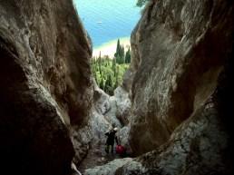 En haut de la grande cascade avec vu sur le lac. Pourtant le canyon est loin d'être fini, la baignade se finira dans le lac.