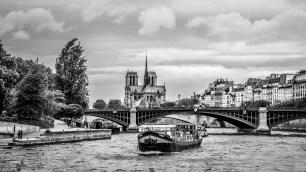 Paris autrement - Péniche
