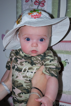 I have a safari hat... cute huh?