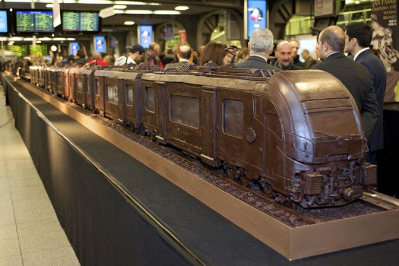 Longest chocolate sculpture tcm25 480694 - O chocolate mais caro do mundo! E outras curiosidades
