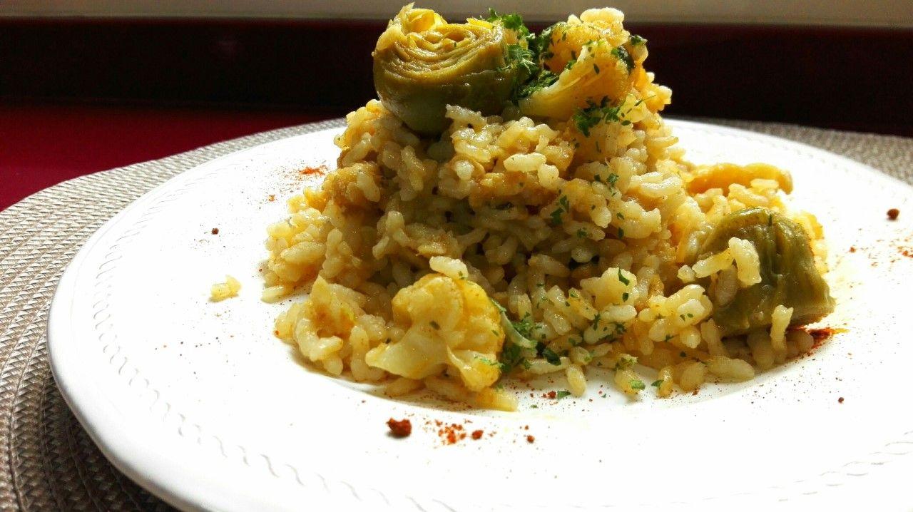 Coliflor acompañada de arroz y bacalao. [Una receta sanísima]