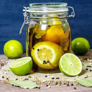 Limone encurtidos caseros