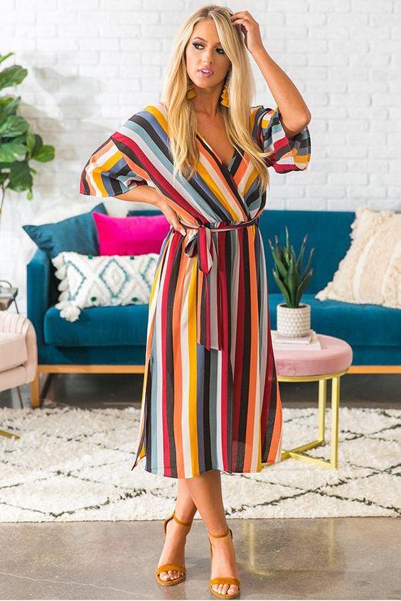 Vestido colorido midi