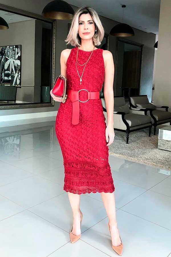 peças coloridas, vestido midi vermelho