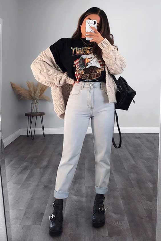 t-shirt, mom jeans e coturno