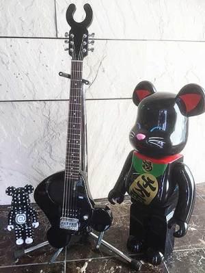 bear-guitar-F