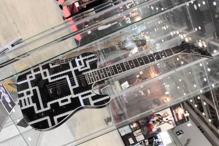 ZODIACギター5