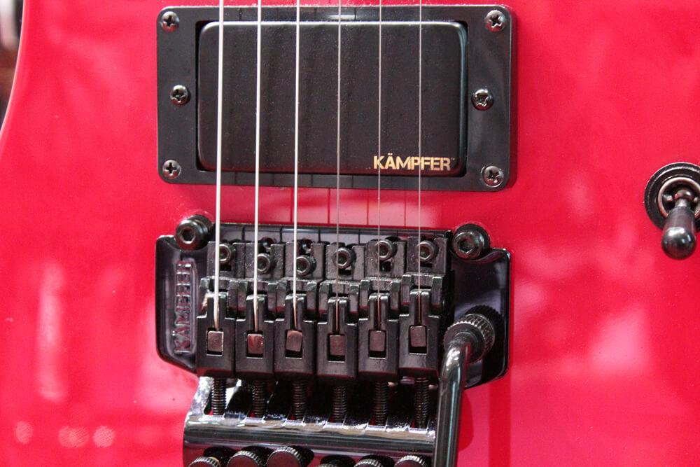 KÄMPFERギター:ピックアップ