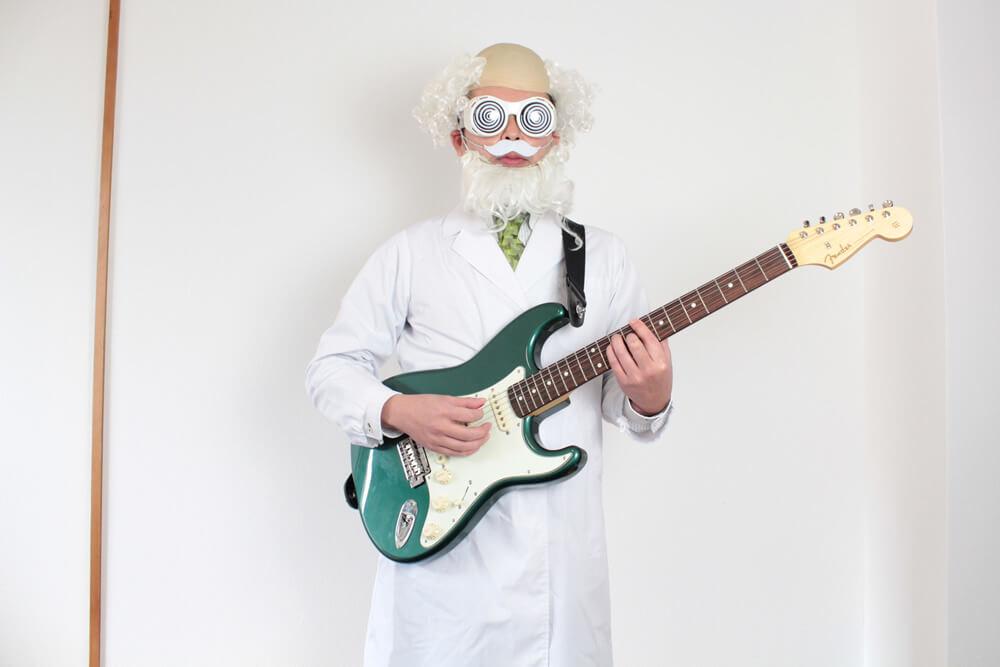 ギター博士のストラップ位置