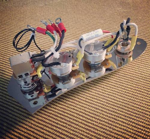 small resolution of jsp prewired j bass assembly w series parallel switch mounted to control plate