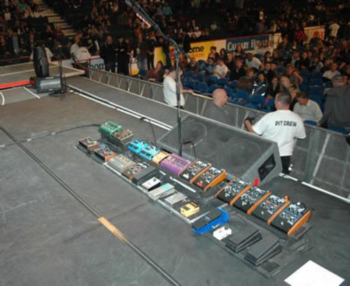john-frusciante-pedalboard