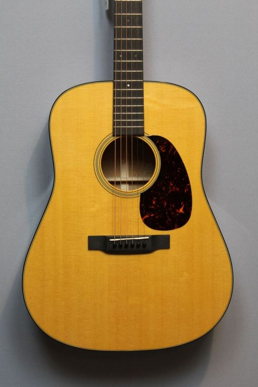 Martin Guitars im American Guitar Shop 4